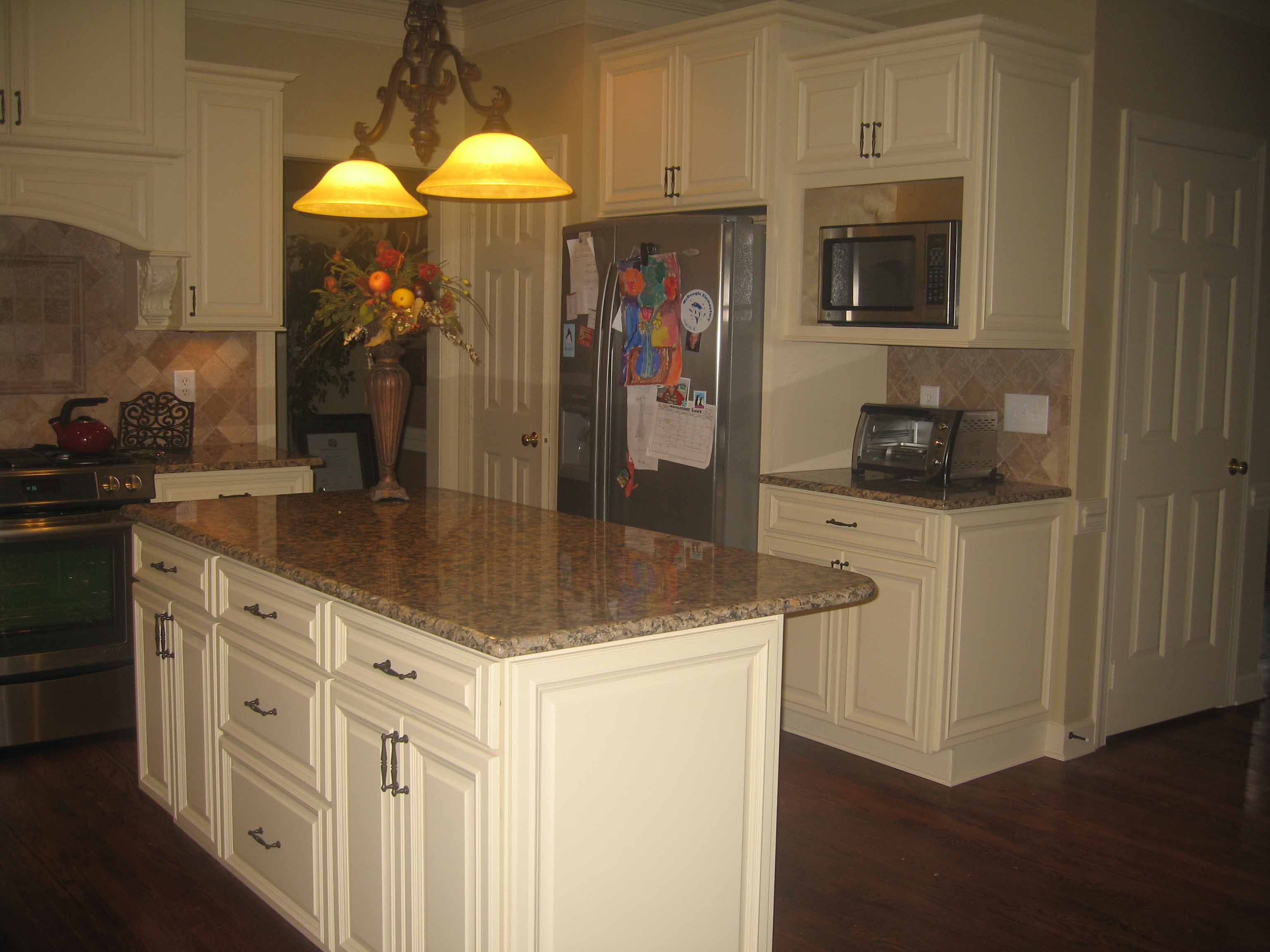 Rta White Kitchen Cabinets Rta French Vanilla Kitchen Cabinets French Vanilla Deluxe Raised